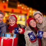 Weihnachtsmarkt Familie